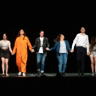 """La Companyia de Teatre Jove de La Tramolla estrena """"La Ópera del Todo a 1€"""" al Jardinet del Casal"""