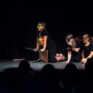 """La Tramolla engega un programa de """"teatre per descobrir i transformar el nostre món"""" a tres escoles publiques de Mollet"""
